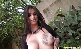 Thick curvy Brazilian woman gets fucked.